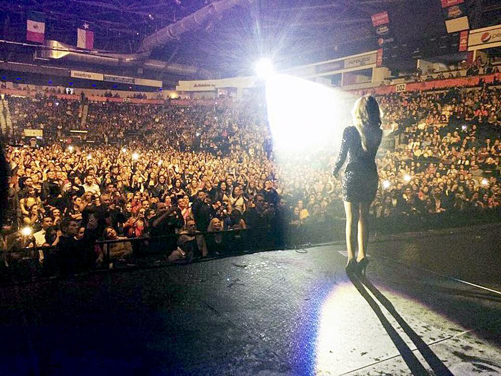 La State Farm Arena de Hidalgo recibió a la regiomontana con un lleno total.